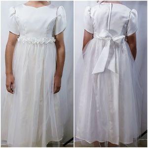 Jessica McClintock girls ivory flower girl dress
